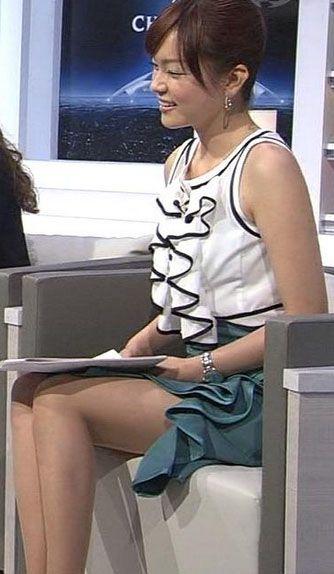 本田朋子の美脚画像